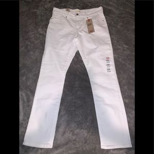 Levi's mid rise skinny / brand new with tags